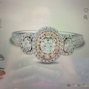 Helzberg ring 3 diamond 1CT TW 14k